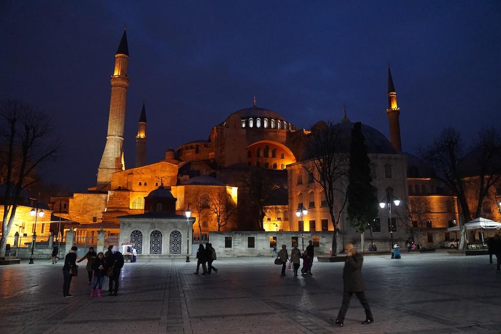 ISTANBUL DI SERA
